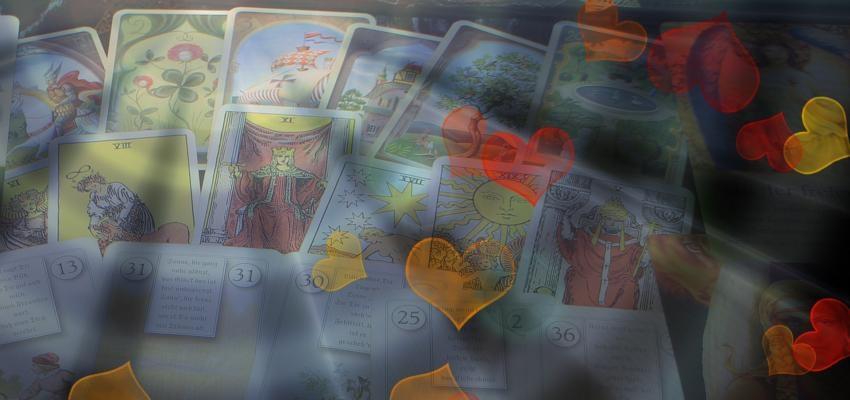 La propagation de cinq cartes Tarot Oui ou Non d'amour