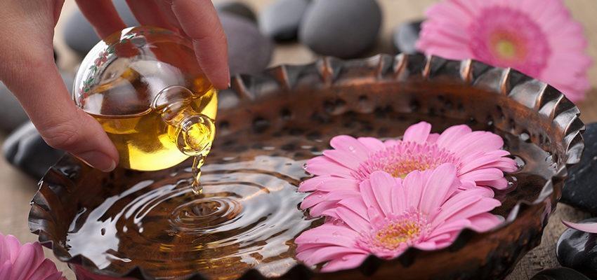 Les Huiles essentielles pour soulager les douleurs menstruelles...