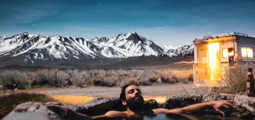 Apprenez à faire le bain des 13 lunes pour récupérer l'estime de soi