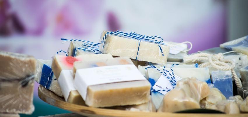 Savon naturel : la recette simple pour une peau heureuse !