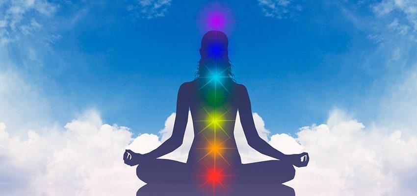 Activer vos centres énergétiques avec la bougie des 7 chakras