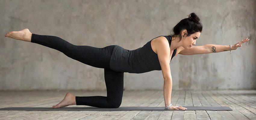 4 postures pour votre yoga du matin