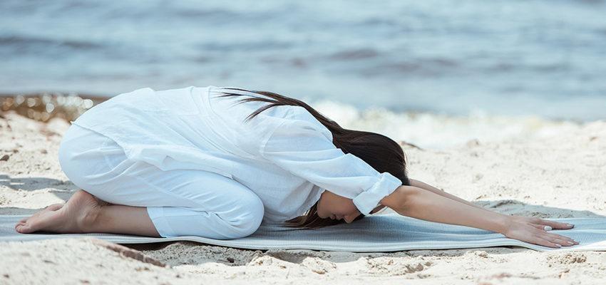 Exercices de yoga : postures de bases pour débutants !