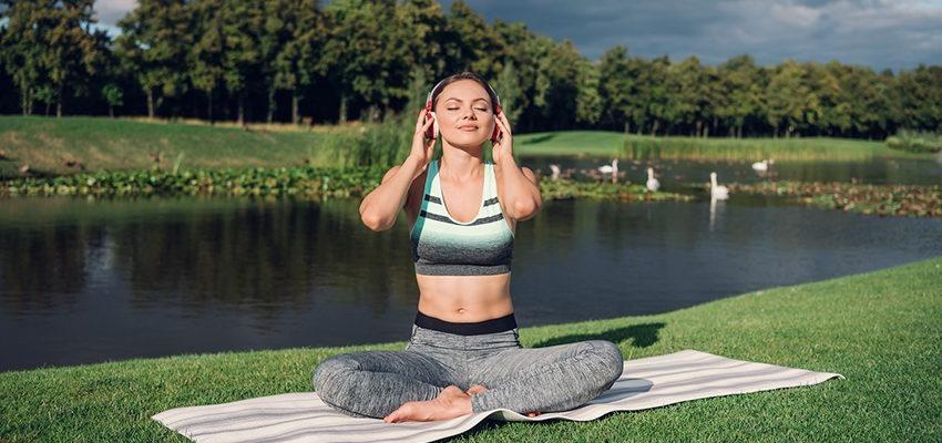 Musique pour le yoga : un élément qui va conditionner votre expérience !