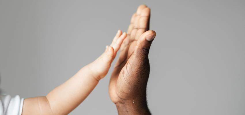 Toucher et être touché : un besoin vital chez les humains