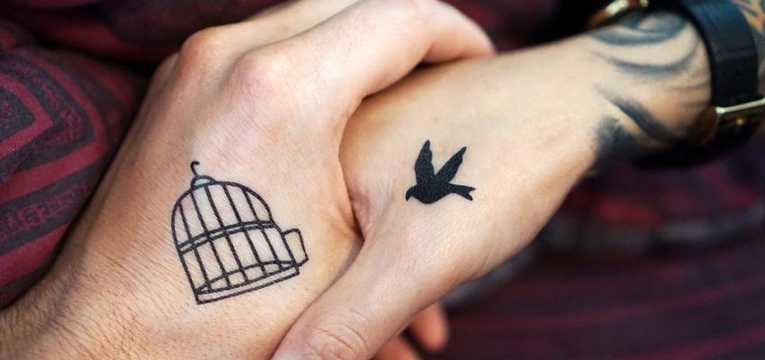 Les tatouages minimalistes et leur signification spirituel