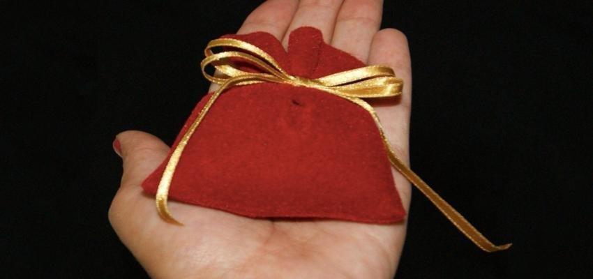 Sachet magique : une puissante amulette contre les énergies négatives