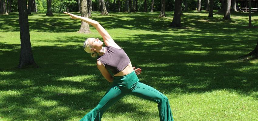 4 postures de yoga pour le psoas