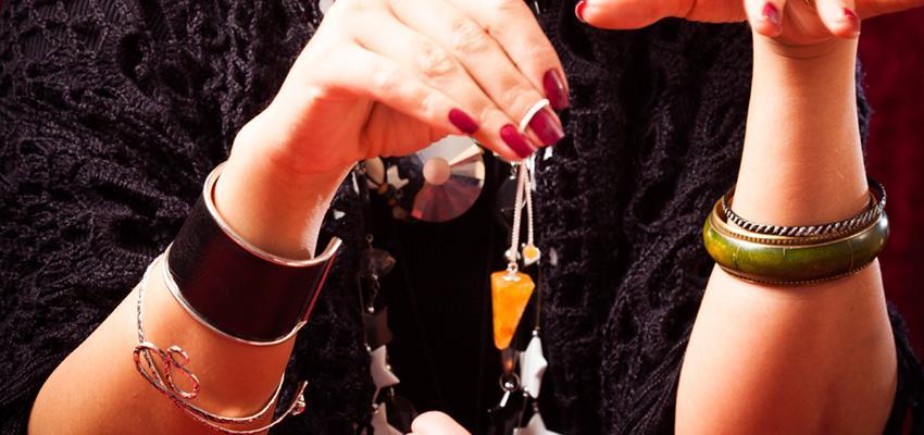 8 choses importantes à savoir sur le pendule divinatoire