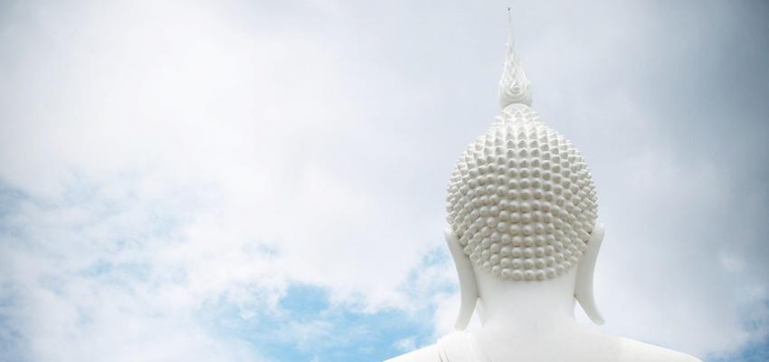 5 préceptes du bouddhisme : les fondations d'une religion fascinante