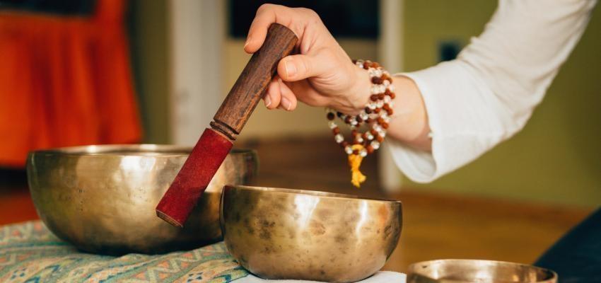 Les bols tibétains et soins énergétiques pour créer l'harmonie