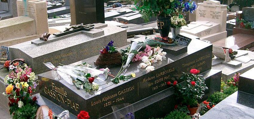 Découvrez la tombe d'Edith Piaf au Père Lachaise