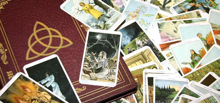 Oracle Wicca :  la cartomancie en harmonie avec la nature...