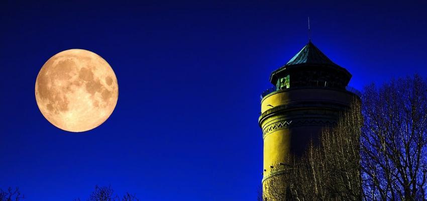 L'amour pendant la pleine lune et son effet