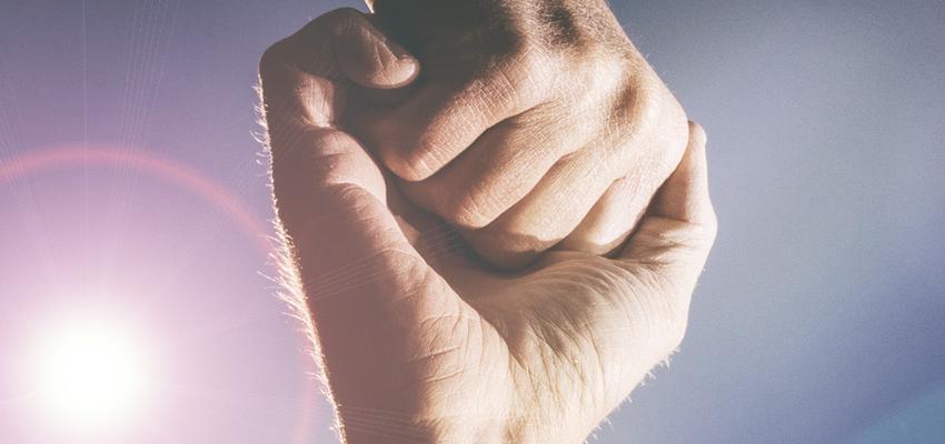 Avez-vous déjà senti le flux d'énergies des mains ?