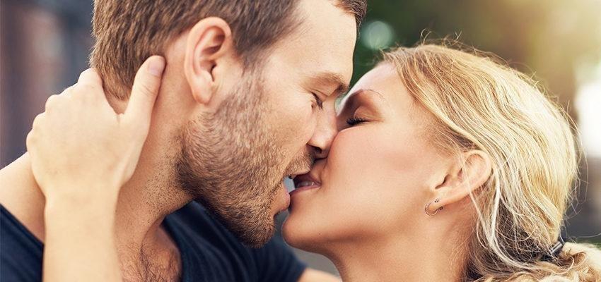 Le baiser de chaque signe : découvrez votre style !