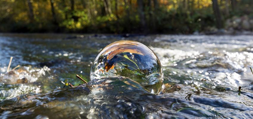 Comment prendre soin de la boule de cristal ?