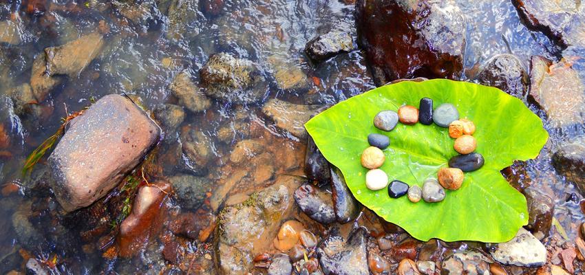 Créer un mandala grâce aux pierres de protection