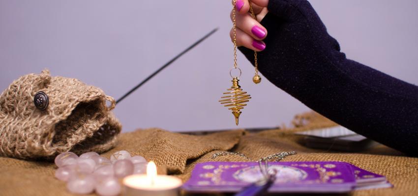 Les dangers du pendule divinatoire