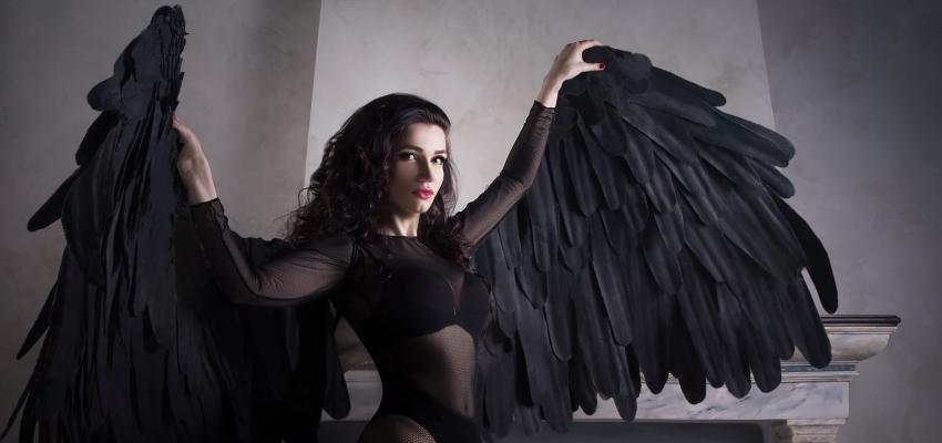 la signification des couleurs des plumes des anges. Black Bedroom Furniture Sets. Home Design Ideas