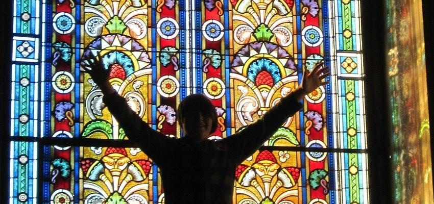 Elohim : un Dieu pluriel pour une religion monothéiste ?