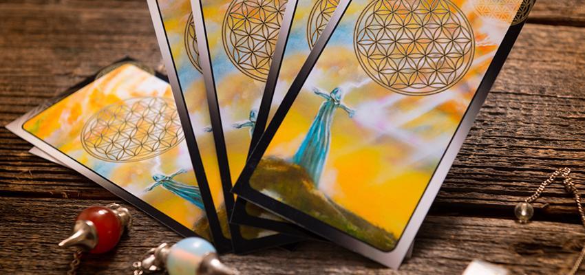Le tirage de la Roue Astrologique du Tarot de Marseille