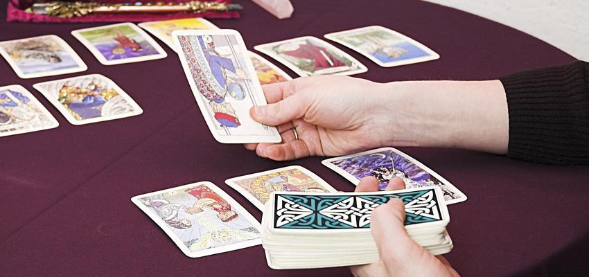 L'association des cartes en cartomancie et leurs significations
