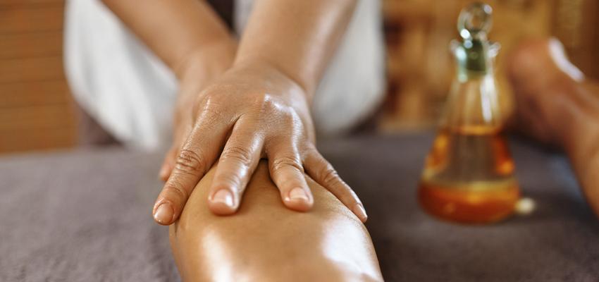 L'huile essentielle de Niaouli, pour des jambes ravissantes