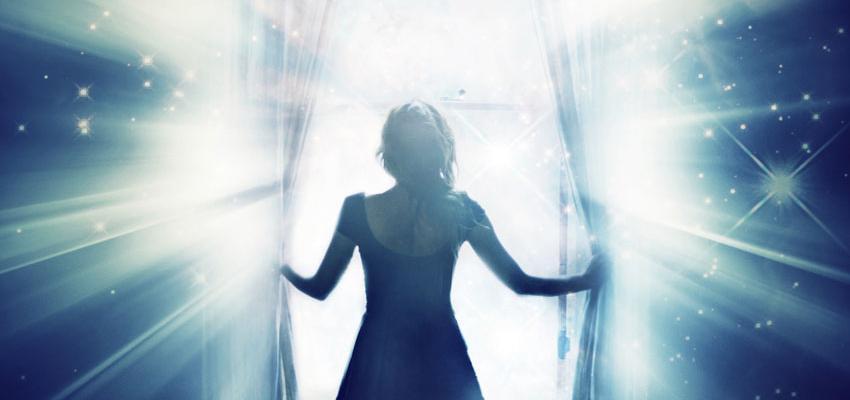 Entrer en transe par un médium: le contact avec les esprits