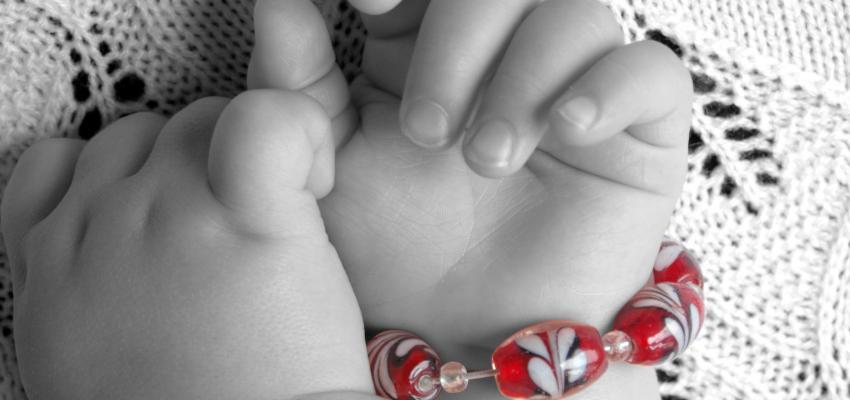 Les pierres de lithothérapie pour le sommeil du bébé