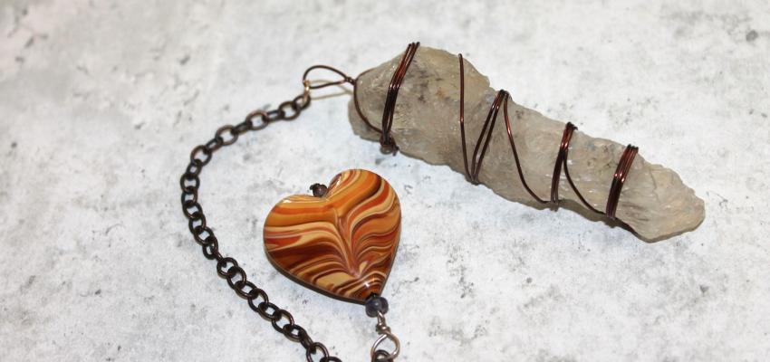 Le pendule divinatoire pour les affaires d'amour