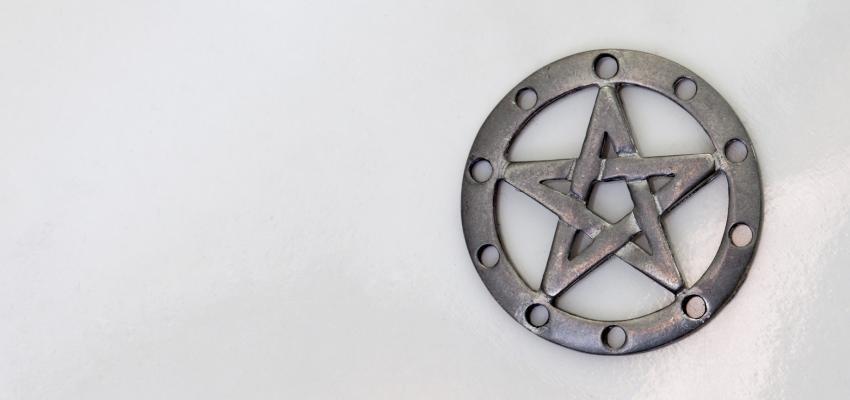 Prier les pentacles des anges : comment et pourquoi ?