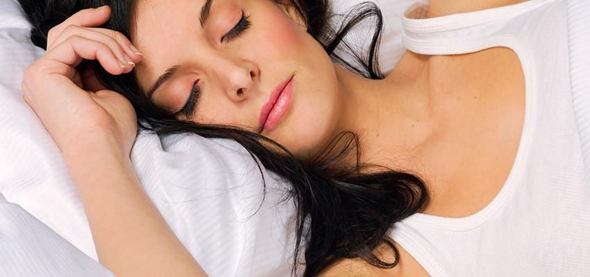 Phytothérapie : 4 plantes qui aident à retrouver le sommeil