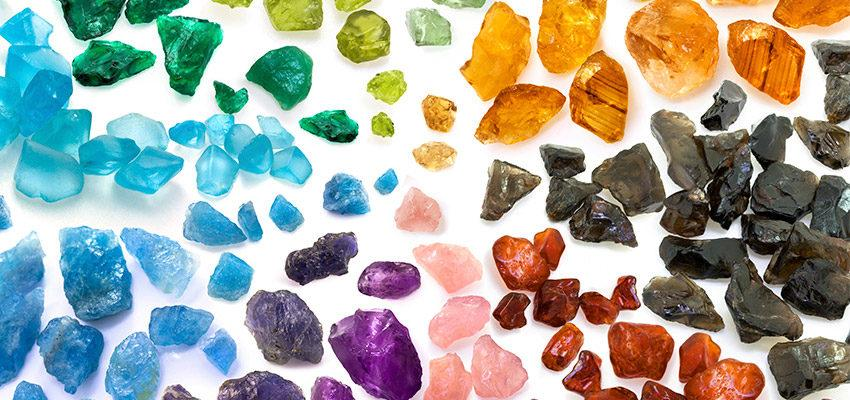 La recherche des pierres et choix de votre pierre précieuse