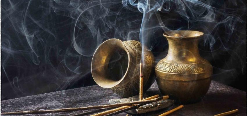Propriétés et vertus de l'encens tibétain
