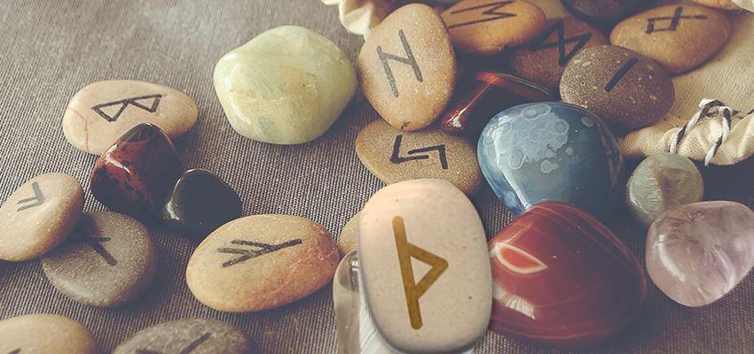 La rune Thurisaz : force et résistance face aux obstacles