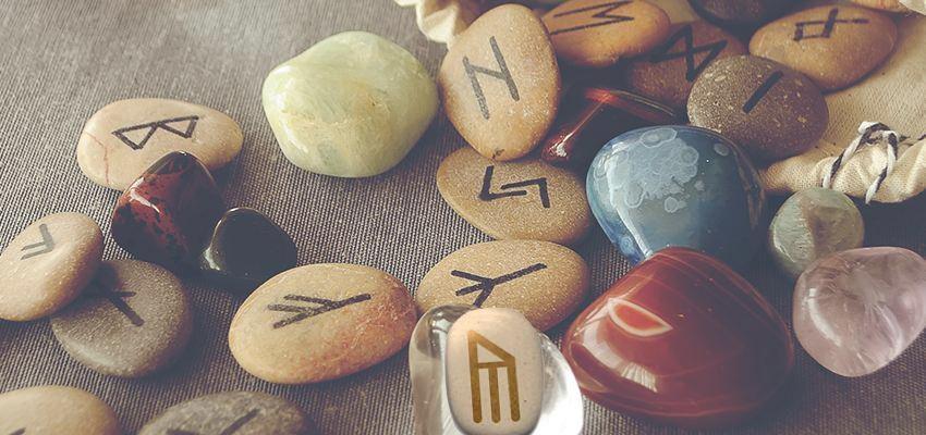 La rune Yr, rune de la main