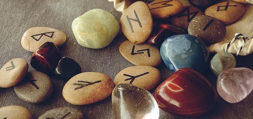 Les secrets des runes nordiques