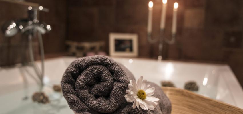 Prendre des bains pour augmenter le magnétisme est-il réellement efficace ?