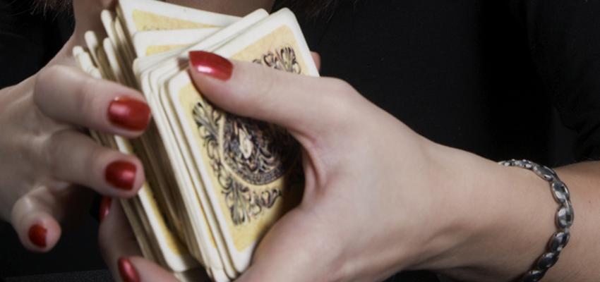 Choisir un jeu de Tarot Divinatoire