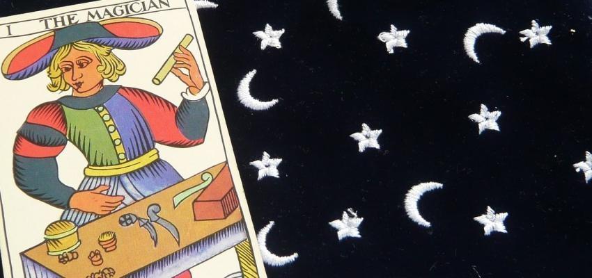 Tarot selon le mandala astrologique : découvrez les bases de ce jeu fascinant