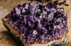 cristaux les plus utilisés et quels sont leurs pouvoirs - Améthyste