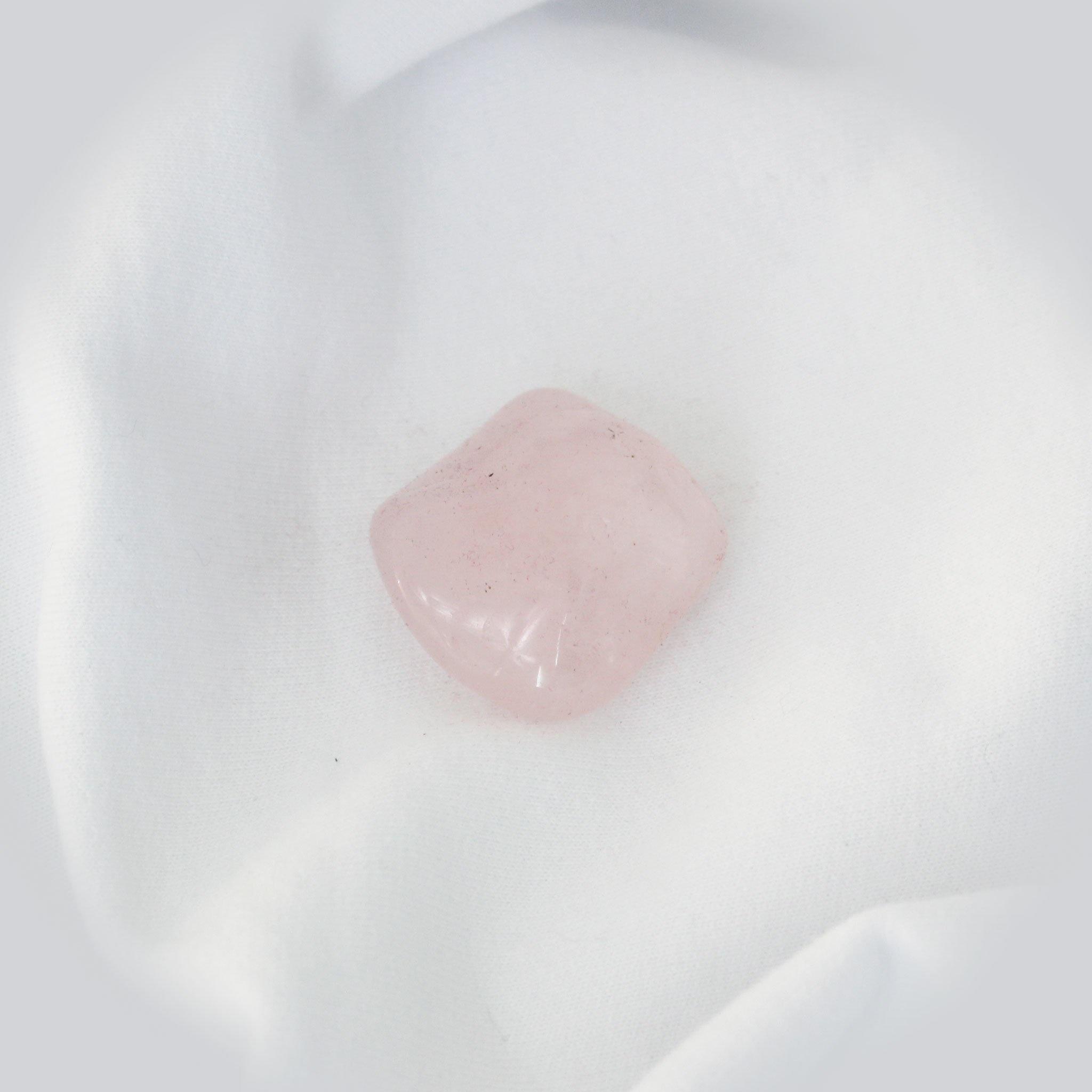 cristaux que toutes les femmes devraient posséder : quartz rose